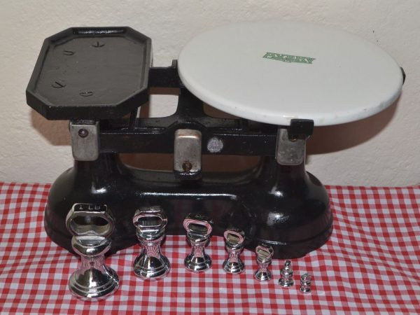 Vintage English Avery Scales